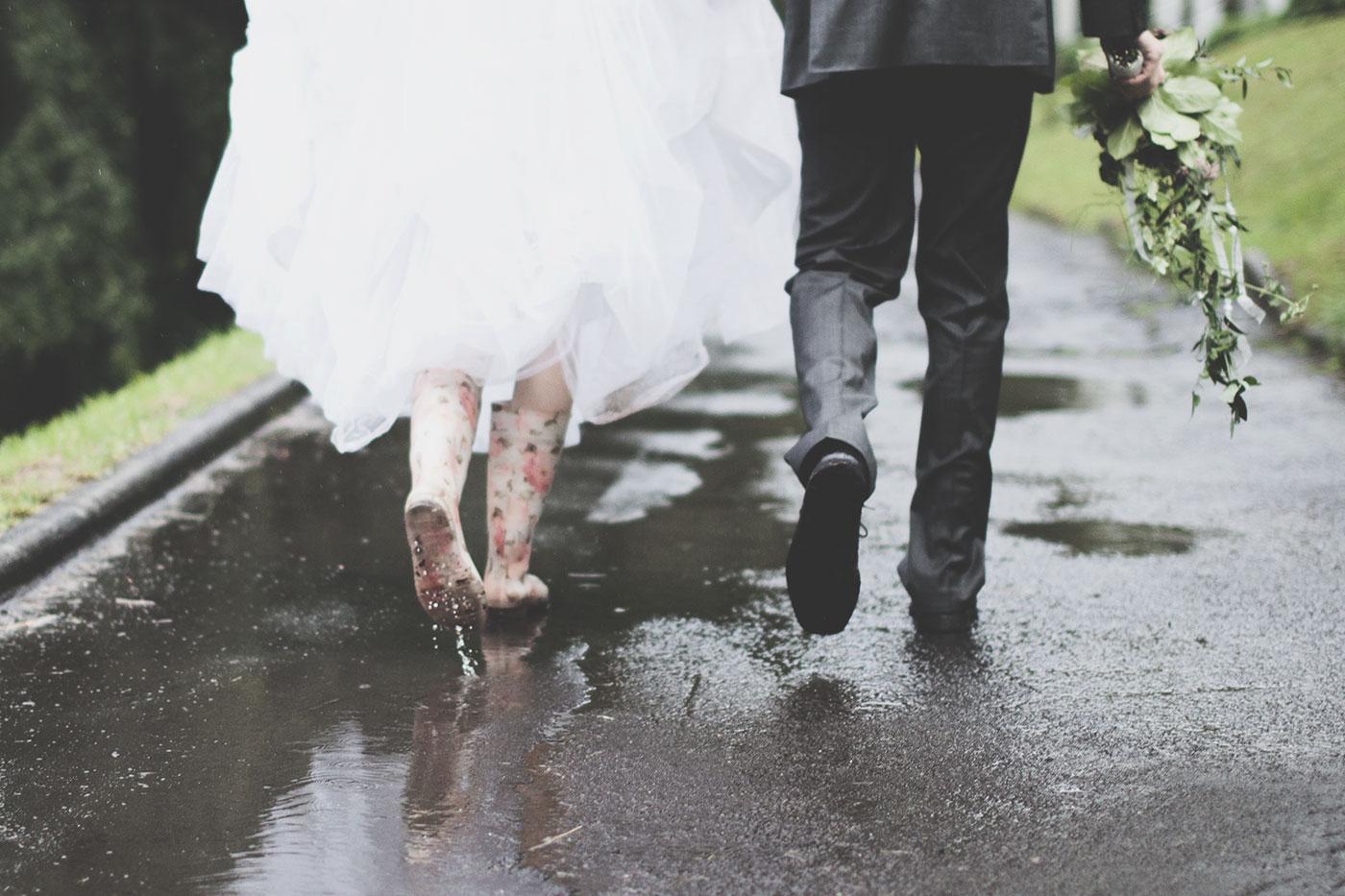 Фото свадьбы если дождь